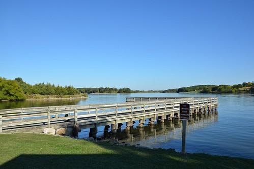 usa lake nikon day icaria iowa clear ripples adamscounty woodpier d7000 ia148