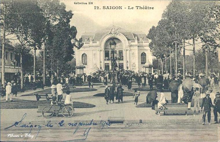 Place Francis Garnier (18)