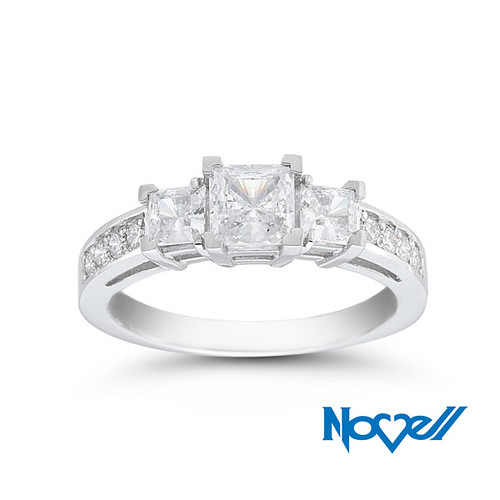 engagement-ring-E2563-LC-25X75
