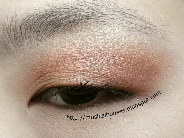 Chinese New Year Eyeshadow 2