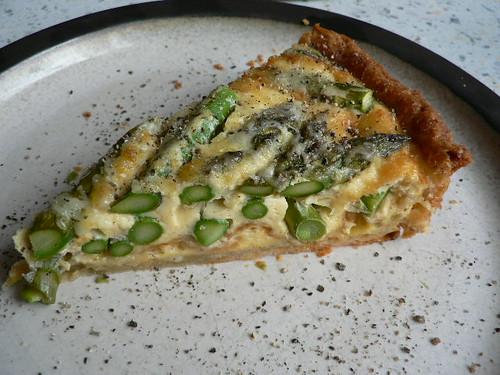 Tarte von grünem Spargel und Käse 012