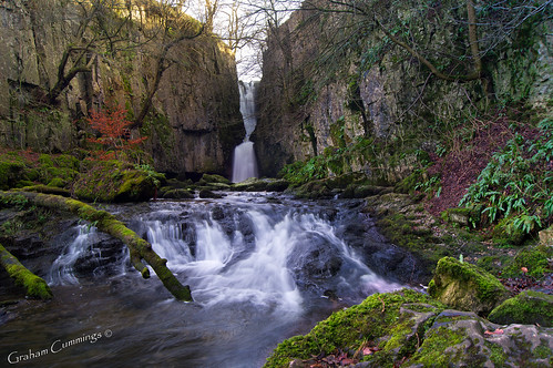 longexposure fall waterfall yorkshire falls explore yorkshiredales settle stainforth catriggforce