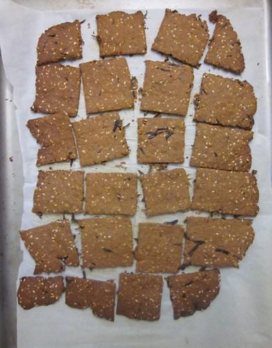 Sesame nori crackers