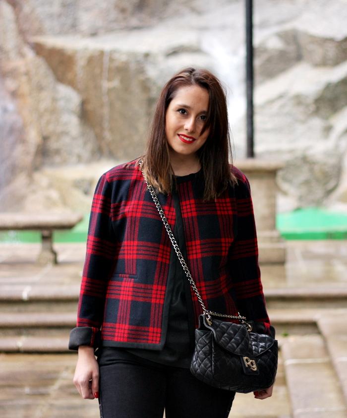 streetstyle-neoprene_jacket-jeans-chaqueta_cuadros_zara_studio-checked_jacket-purificacion_garcia_bag por lookladymode, en Flickr