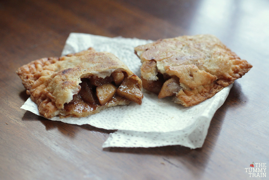13759717945 3b9cd75b68 b - An attempt to copy McDonald's Fried Apple Pie