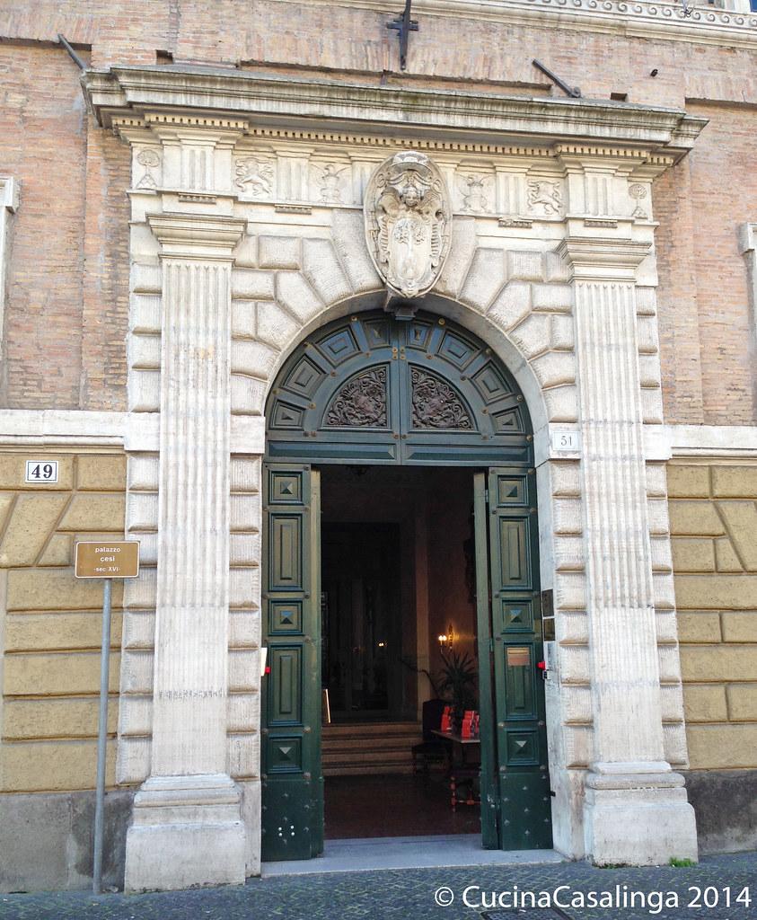 Eingang Palazzo Cesi
