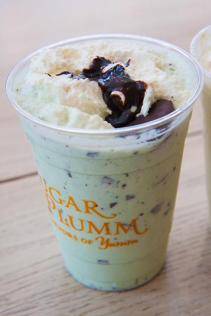 Grasshopper milkshake, Sugar and Plumm