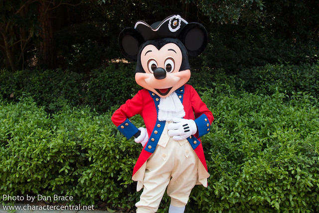 Mickey Mouse Backyard Bbq a year with mickey mouse at walt disney world - disney character
