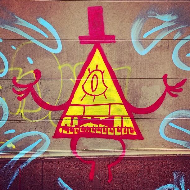 Triangulito Illuminati #streetart #street # ...