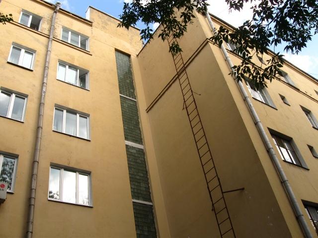 Дом-коммуна на ул. Лестева 05