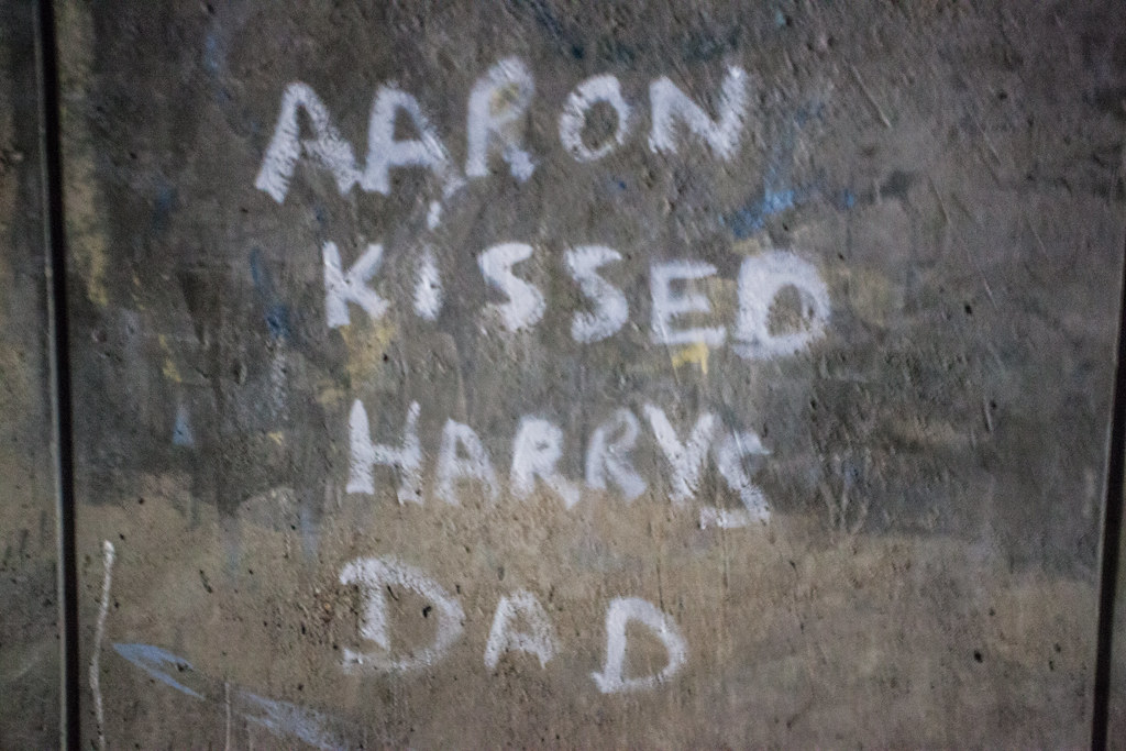 Aaron kissed Harry's Dad