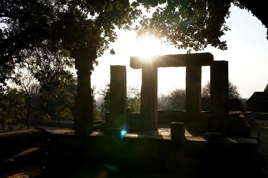 Буддийская ступа Санчи, Индия © Kartzon Dream - авторские путешествия, авторские туры в Индию, тревел видео, фототуры