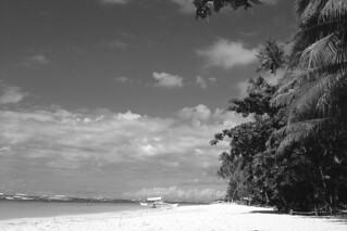 Bohol - Alona Beach white sand