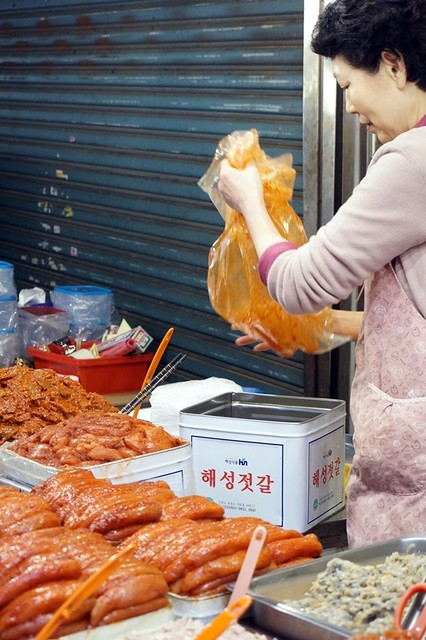 Gwangjang Traditional Market in Korea - rebeccasaw blog-036