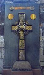 crucifix(0.0), symbol(1.0), cross(1.0), grave(1.0),