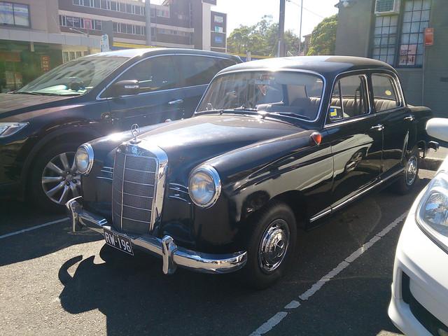 190 (W121)