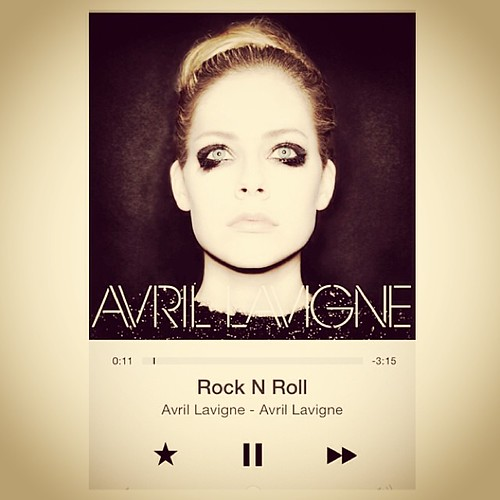 @avrillavigne LOVING the New Album! Going on my Christmas Wish List! #avrillavigne #song #tune #iTunesRadio www.therabbitandtherobin.co.za {follow me @robindeel on Instagram} Official @rabbitandrobin