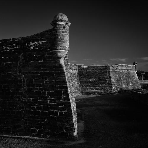bw film architecture de landscapes san florida fineart 4x5 staugustine largeformat 2010 arcos castillodesanmarcos palmcoast floridaeastcoast jaspcphotography
