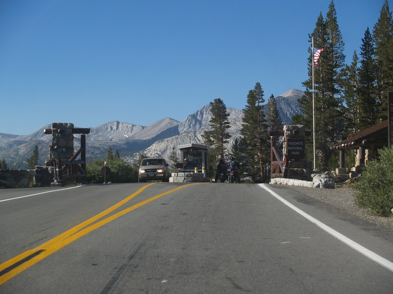 Tioga Pass entrance to Yosemite National Park