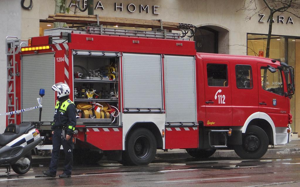 Cuerpo de Bomberos del Ayuntamiento de Madrid 12103272616_0dedc6238a_b