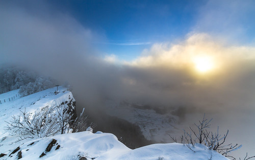 schnee winter sun snow nature clouds sunrise canon landscape eos schweiz switzerland view suisse natur wolken basel 7d aussicht landschaft sonne sonnenaufgang efs 1022mm solothurn efs1022mm baselland passwang watn canoneos7d baselcountry watndatn