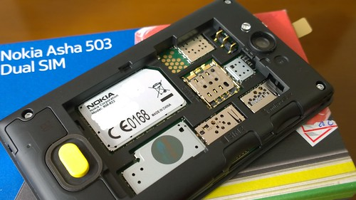 NOKIA Asha 503 Dual SIM 08