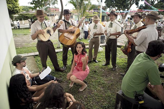 DETRAS DE CAMARA - LA RONCA DE ORO  IMG_0249