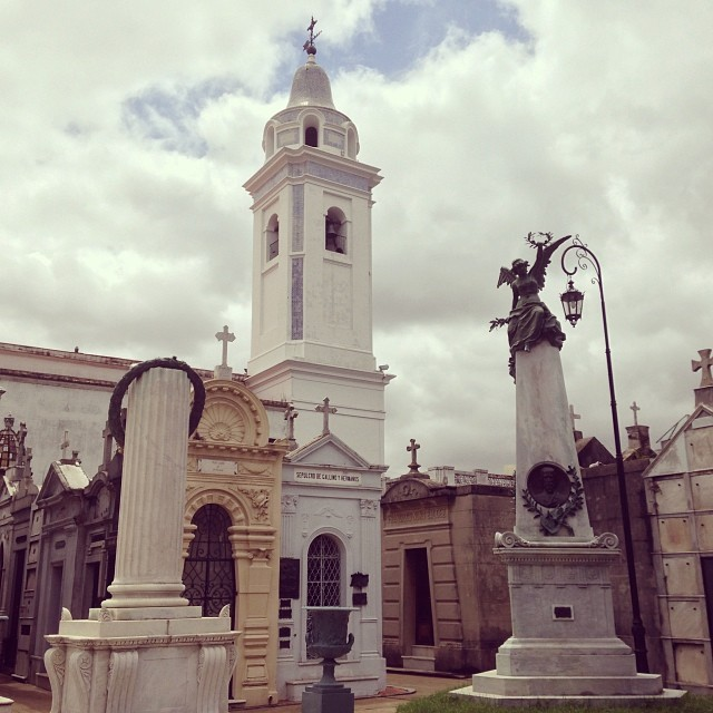 A morning walk around the Recoleta...