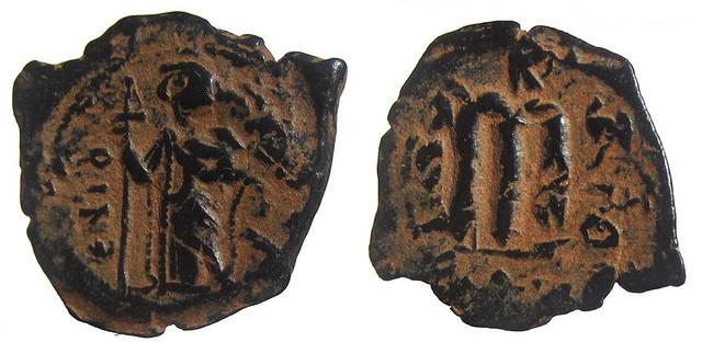 Byzantine Coins 2014 - Page 3 13484549524_a2707d7573_z