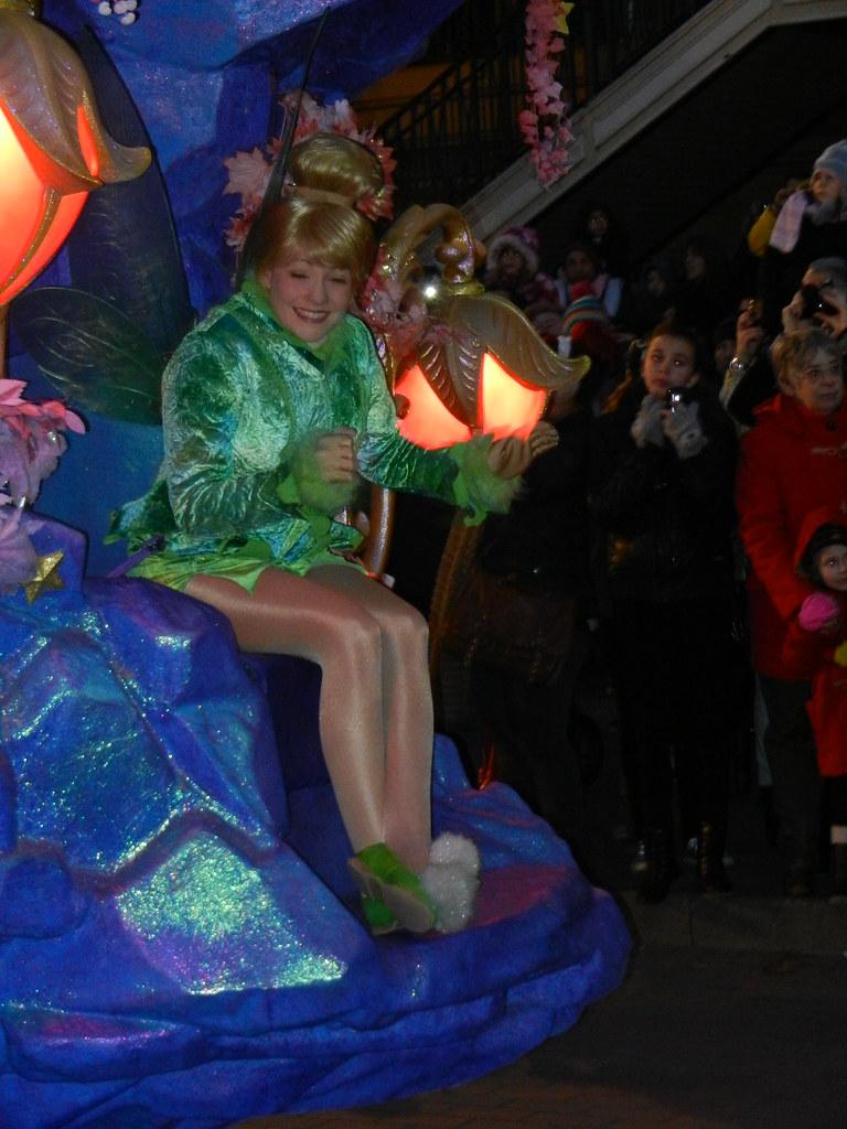Un séjour pour la Noël à Disneyland et au Royaume d'Arendelle.... - Page 4 13695981093_140869fda2_b