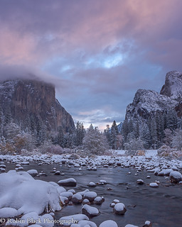 Winter Sunrise, Gates of the Valley (Yosemite)