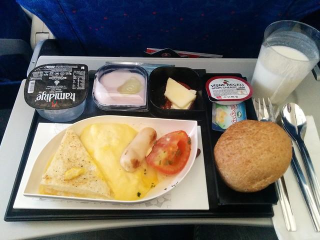 305 - En el avión