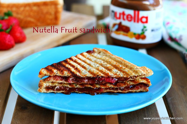 nutella-banana sandwich