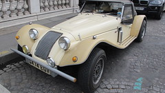 military vehicle(0.0), morgan +4(0.0), touring car(0.0), off-road vehicle(0.0), morgan plus 8(0.0), automobile(1.0), vehicle(1.0), panther kallista(1.0), classic car(1.0), vintage car(1.0), land vehicle(1.0), convertible(1.0), sports car(1.0),