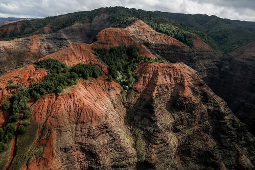 nature landscape hawaii unitedstates canyon helicopter kauai aerialphotography waimeacanyon jackharterhelicopters doorlesshelicopter tonyvanlecom