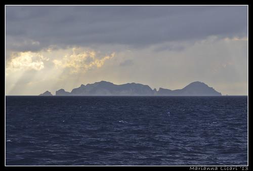 L'isola/The island by via_parata