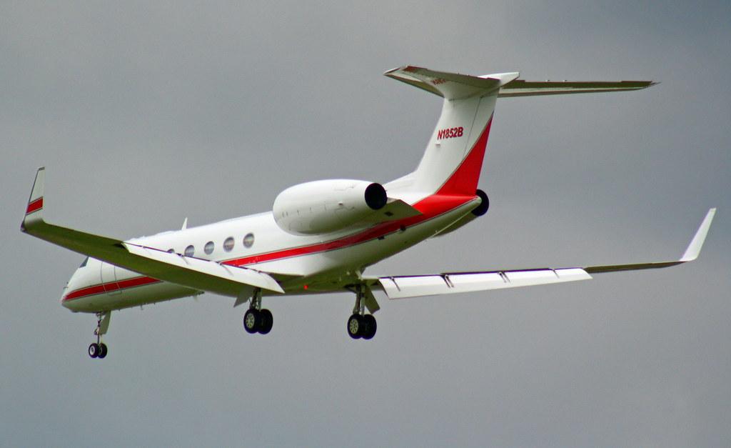 N1852B - GLF5 - KaiserAir
