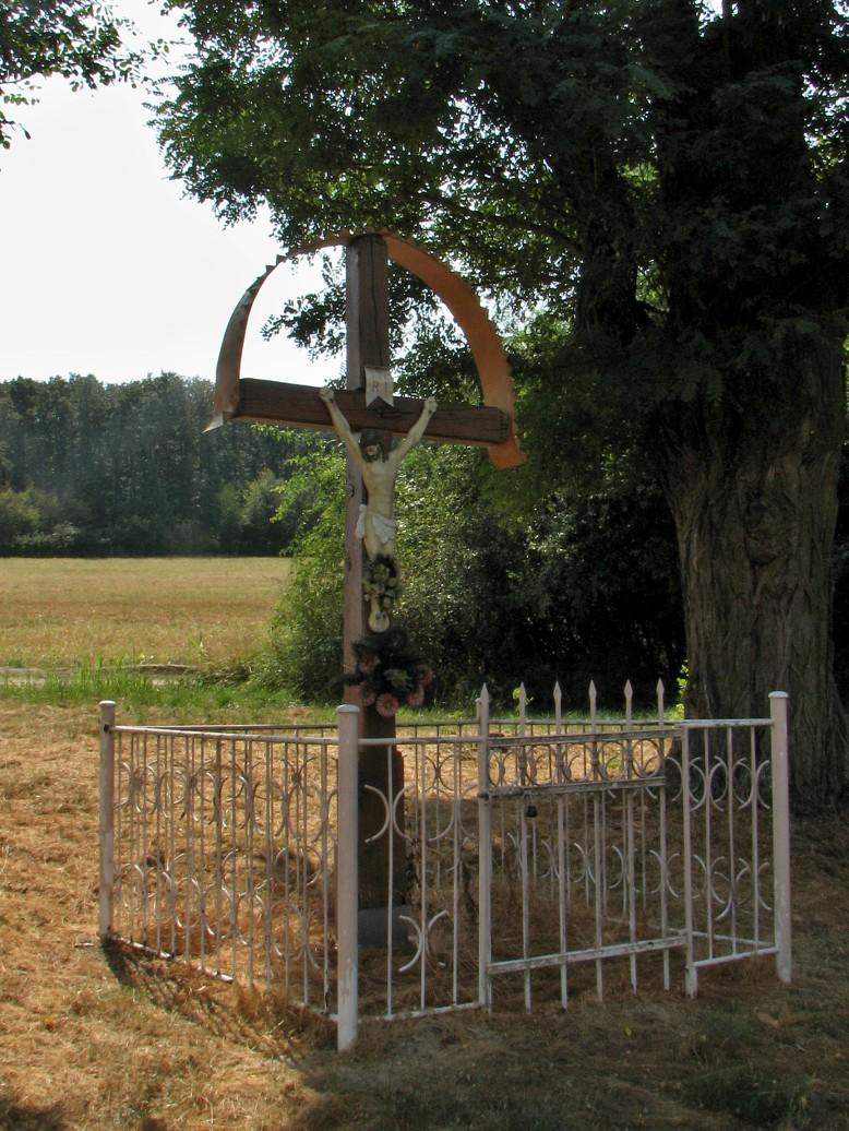 Kríž v pustatine Ďaleký výhľad