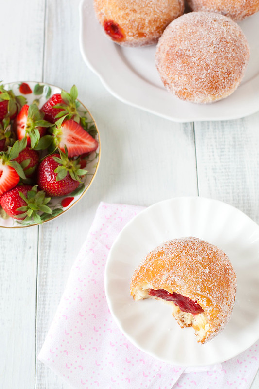 Strawberry Vanilla Doughnuts