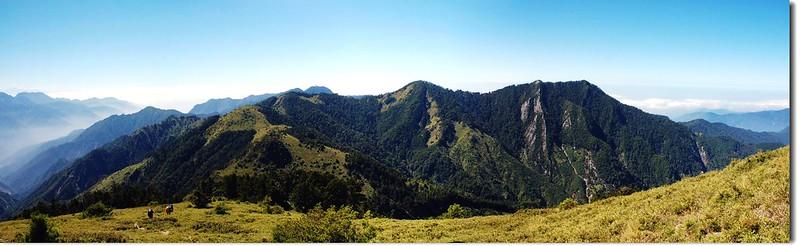 中、小雪山(From 大雪主稜眺向西南)