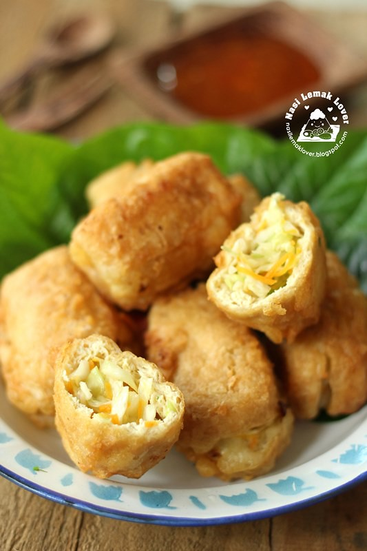 deep fried stuffed tofu puff with cabbage _1 copy