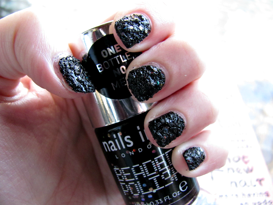 NOTD, Nails Inc., Beaded Polish, Embankment
