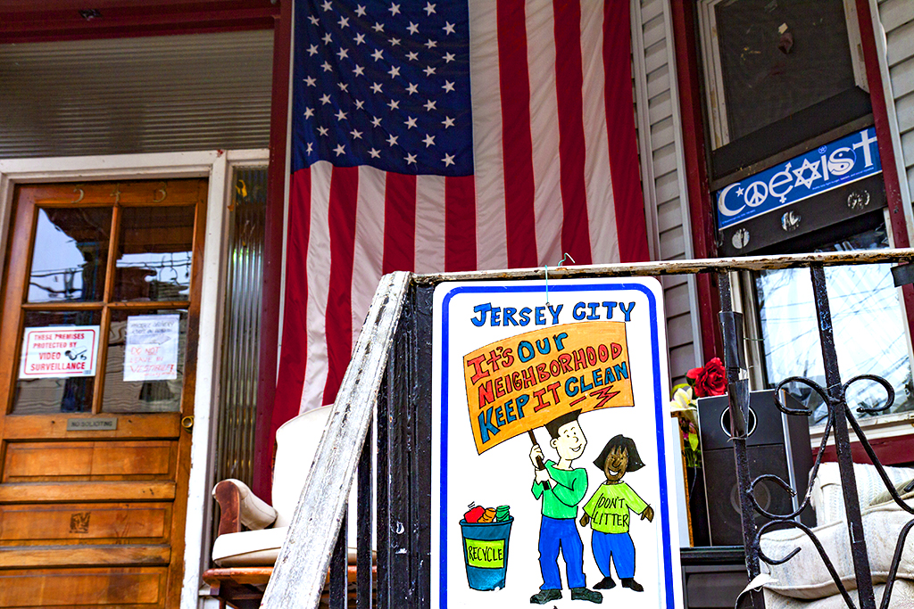IT'S-OUR-NEIGHBORHOOD-KEEP-IT-CLEAN--Jersey-City