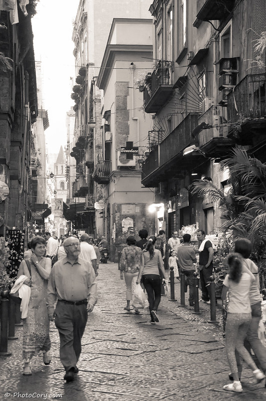 Naples Black and White