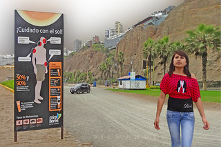 Peru, Lima, Miraflores district, Pacific ocean, Bembos beach