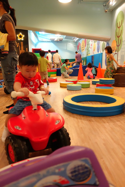 Jerome playing at the toddler's section in Fidgets