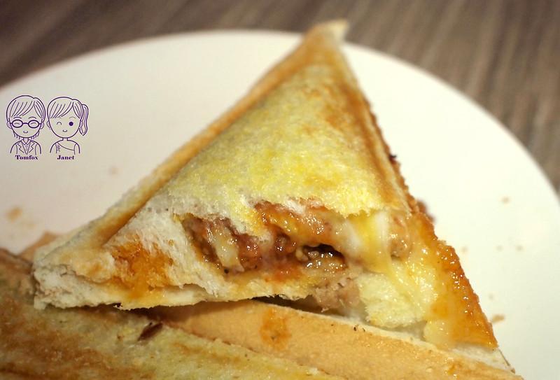 32 默沏(三民店) 肉醬烤起司三明治