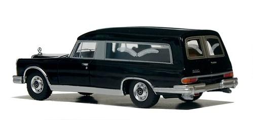 BoS Mercedes 600 bestattungswagen (8)