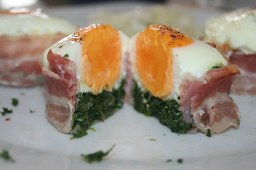 23 - Bacon-Ei-Spinat-Muffins - Querschnitt / Bacon egg spinach muffins - cross section