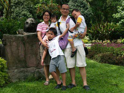 20130411_kl2_lakefamily